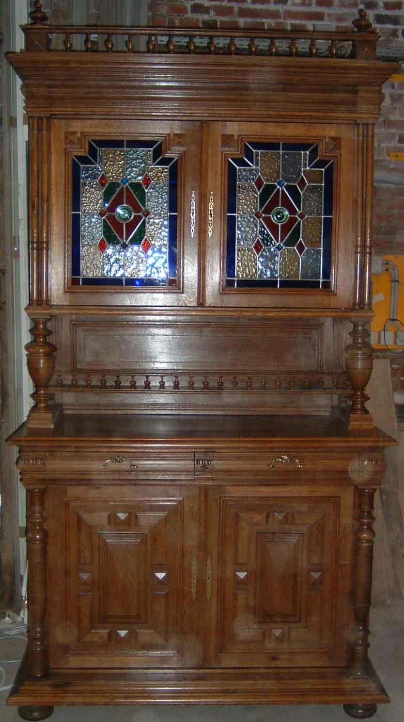 dtails renovation dun meuble henri ii